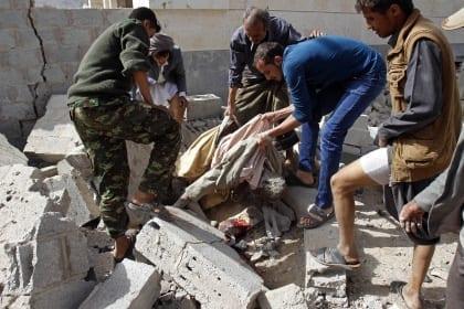عاصفة لم تخرج بأي نتائج سوى تحويل اليمن إلى كارثة إنسانية