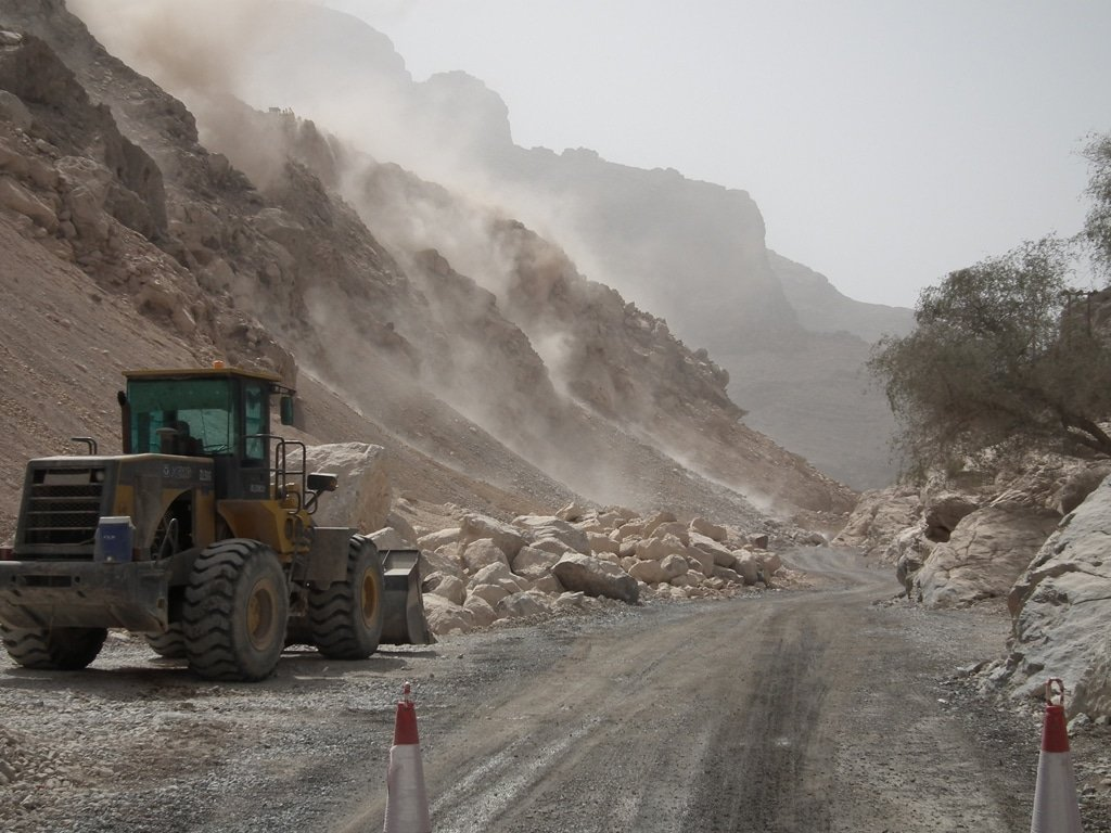 Road construction in the Omani mountains / Photo Fanack