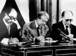 التوقيع الرسمي على معاهدة السلام في واشنطن
