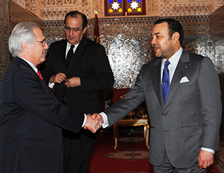 UN envoy Christopher Ross with King Mohammed VI in December 2009