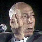 الرئيس محمد بوضياف قبل الحرب الأهلية لحظات من اغتياله في 29 يونيو 1992