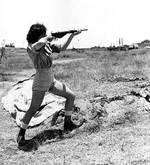 Jewish girl with gun