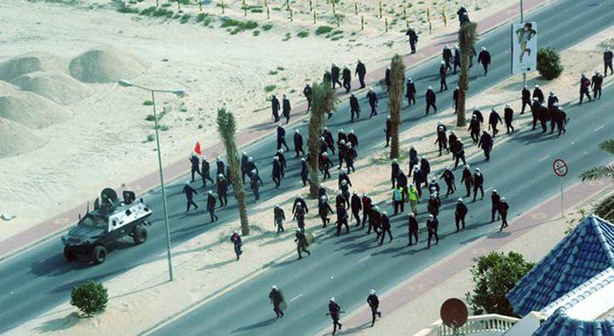 قوات الشرطة البحرينية خلال احتجاجات شباط/فبراير في المنامة / Photo HH