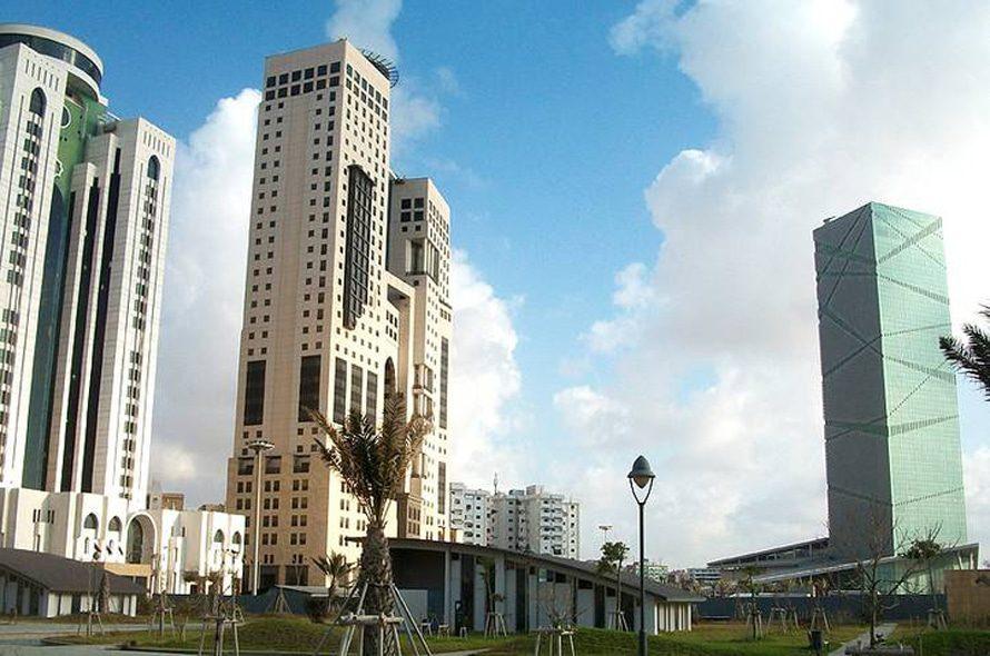 ليبياالاقتصاد - منطقة الأعمال المركزية في طرابلس الغرب