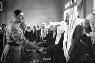 French President Charles de Gaulle visits the Druze community in Syria at the end of World War II Photo HH