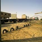 شاحنات على معبر حدود غزة مع إسرائيل Photo Fanack