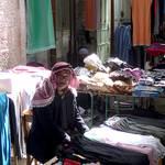 Shop owner / Photo Fanack