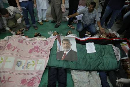 Corpses of protesters at a makeshift hospital at Rabaa al-Adawiya / Photo HH