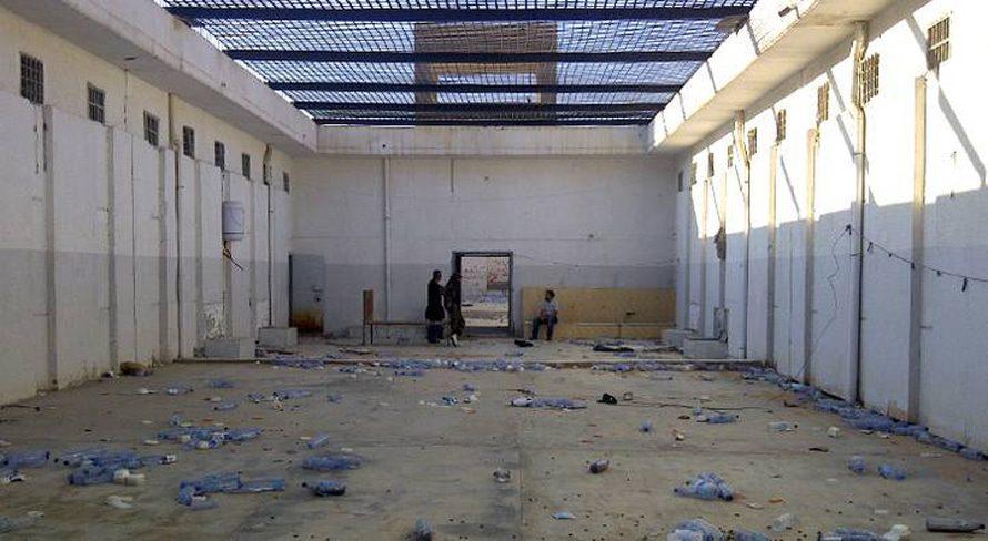 ليبياالحكومة - داخل سجن أبوسليم حيث لقي 1270 سجين مصرعة في مجزرة عام 1996