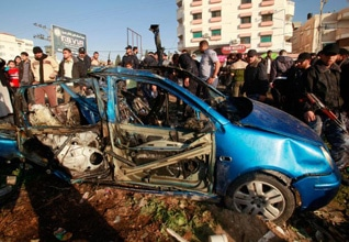 Wreck of the car after the bomb attack that killed Mahmoud Hanani in Gaza, in March 2012