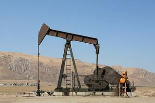 Zeit Bay oil field in the Sinai desert
