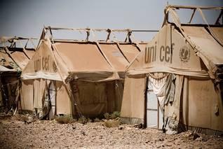 Photo HH / مخيم رويشد قرب الحدود العراقية، لللاجئين الفلسطينيين من دول الخليج والعراق
