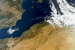 الجزائرالجغرافية - منظر فضائي للأراضي الخصبة في شمال الجزائر Image Eosnap / اضغط للتكبير