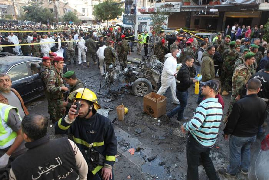 Aftermath of a car bomb attack in Haret Hreik neighbourhood, Beirut, 21 January 2014 / Photo HH