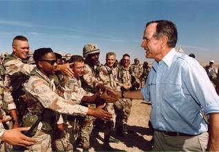 US President George H.W. Bush visiting the troops during Operation Desert Storm, Photo George H.W. Bush Library