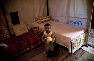 Photo HH / لاجئ فلسطيني في مخيم الرويشد قرب الحدود العراقية