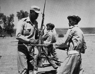 Egyptian instructor training nationalist soldiers