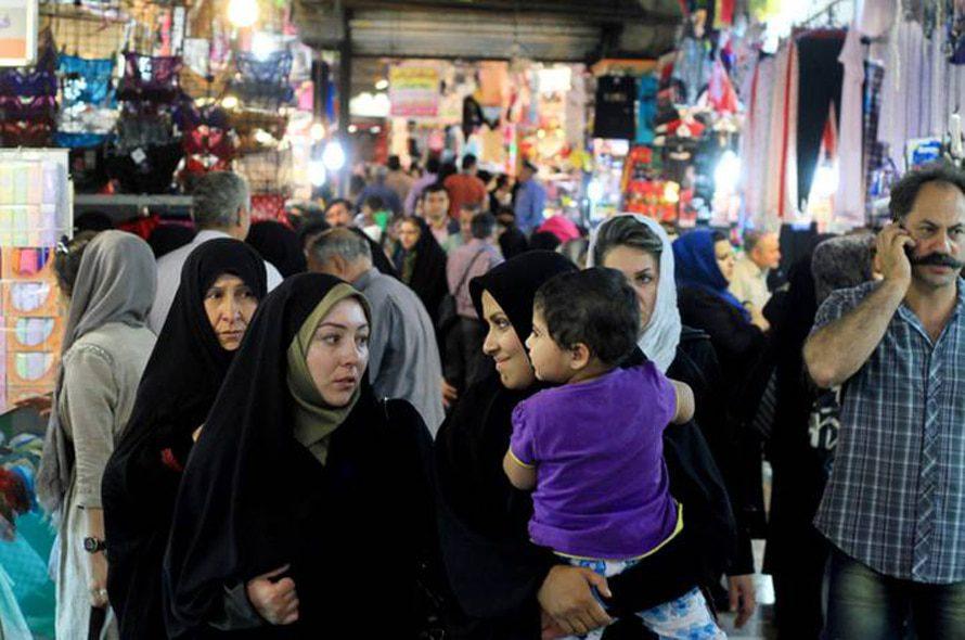 Bazaar, Tehran, 2012 / Photo HH