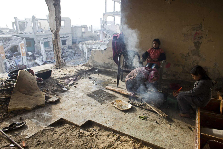 تأخر إعادة إعمار غزة