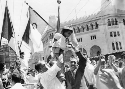 الجمهورية الجزائرية الديمقراطية الشعبية