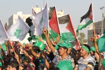 Islamist Movements in Jordan: Between Extremism and Moderation