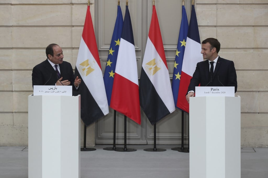 French President Emmanuel Macron and his Egyptian counterpart Abdel Fattah el-Sissi hold a press conference