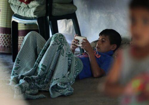 """اللاجئون يواجهون خطر تقنية """"الحدود الذكية"""""""