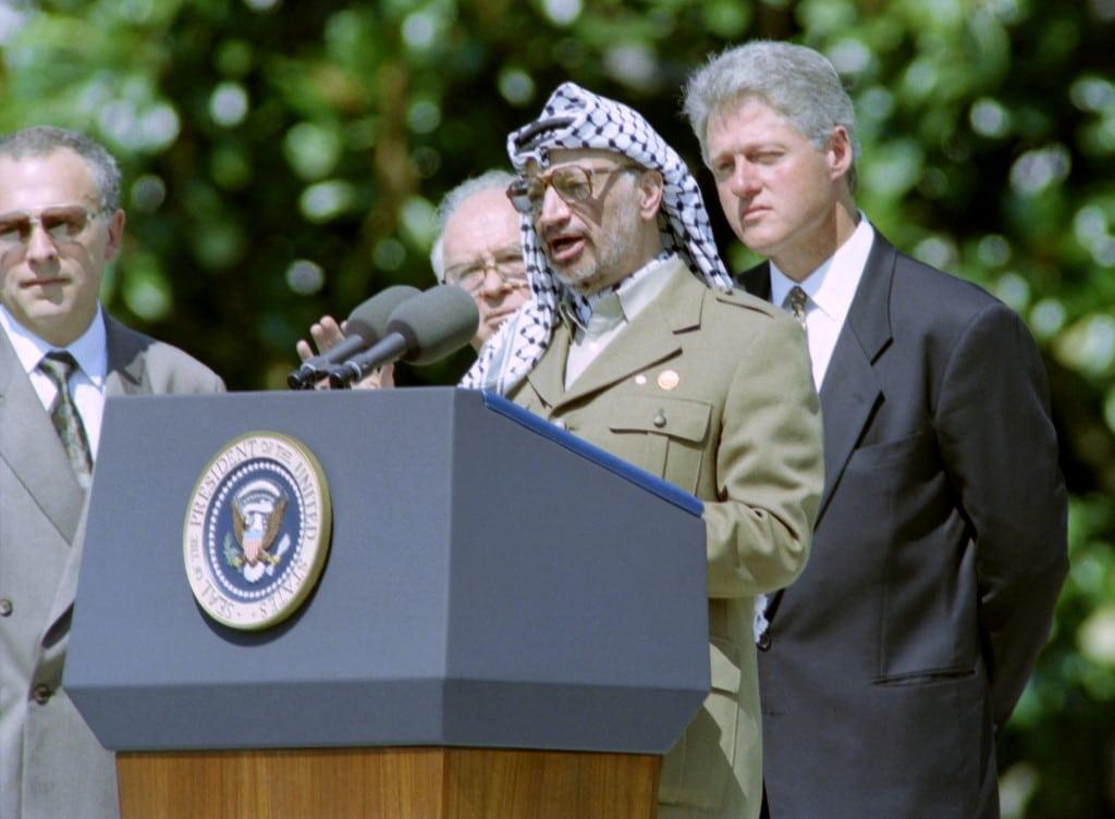الخيارات الوطنية الفلسطينية: ياسر عرفات