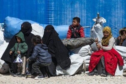 """وثائق شرطة """"الدولة الإسلامية"""" تكشف تفاصيل الحياة اليومية في  دولة الخلافة"""