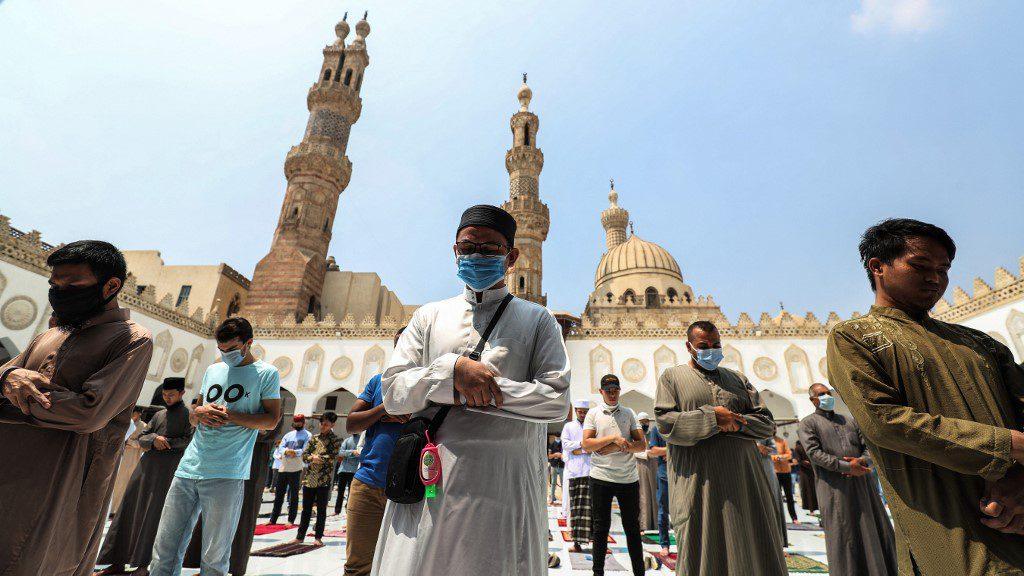 Muslim worshippers - islam