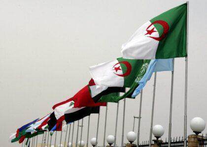 عالم عربي وليس وطنا عربيا