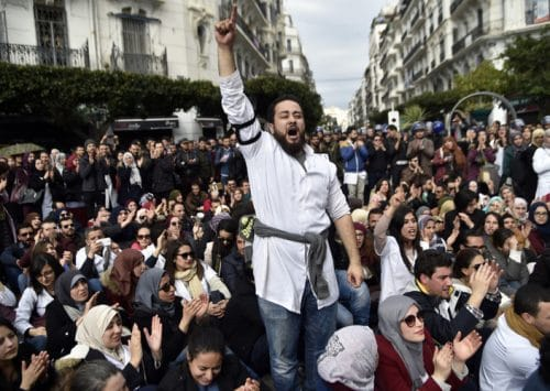 Wave of Labour Protests Paralyzes Algeria