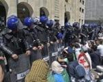 من يحكم في الجزائر بعد 57 سنة من الاستقلال؟