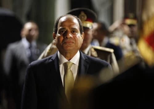 الحكومة المصرية تبسط سيطرتها على وسائل التواصل الاجتماعي بقوانين الصحافة الجديدة