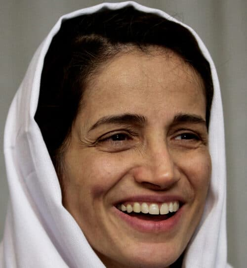 Iranian Rights Lawyer Nasrin Sotoudeh Sentenced to 38 Years in Jail for Doing Her Job