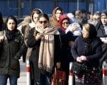 مظاهرات الحجاب تسلط الضوء على الانقسام الاجتماعي والسياسي في إيران