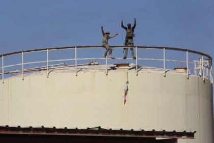 اشتداد الإضطرابات الإقليمية مع استرجاع القوات العراقية مدينة كركوك من الأكراد