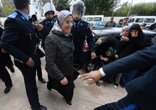 المغرب: قانون الوزيرة الحقاوي الجديد الذي يجرّم العنف ضد النساء غير كافٍ
