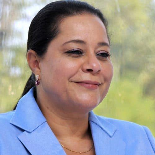 مريم بنصالح شقرون: سيدة أعمال مغربية ومحطمة للمحرّمات