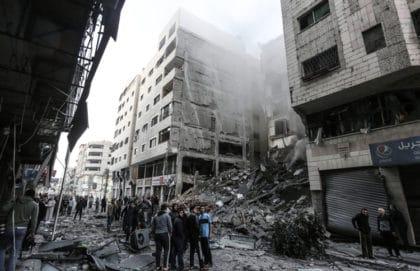إسرائيل وحماس – صفقة تهدئة أم حربٌ ضروس؟