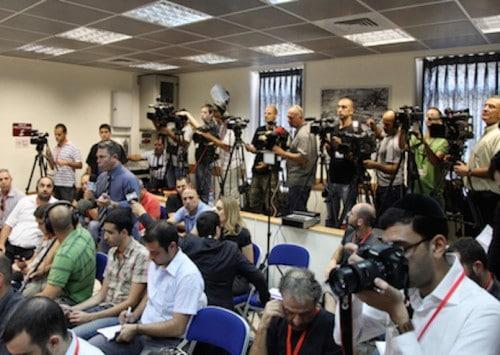 هل أسدِل الستار عن حرية الصحافة في إسرائيل؟