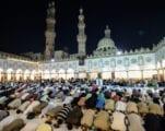 في مصر، الإمام الأكبر يتبع الفقه التقليدي في المسائل الحديثة