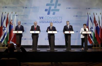 فرّق تَسُد: نتنياهو يخطب ود أوروبا الشرقية في محاولةٍ للتشويش على الإتحاد الأوروبي