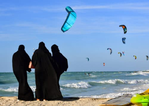 In the UAE, Fighting against Air and Water Pollution is becoming Urgent