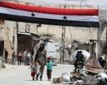 في دمشق التي دمرتها الحرب، يحاول السكان عيش حياةٍ طبيعية