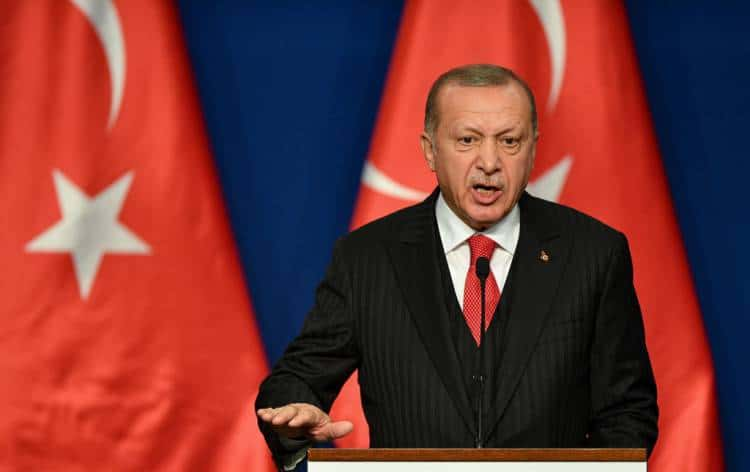 "The decline of Erdoğanist authoritarianism: a new chance for ""democratization"" in Turkey?"