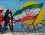 الولايات المتحدة الأمريكية في خضم حربٍ اقتصادية تلحق الأذى بالأبرياء في إيران