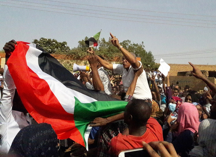The Revolution in Sudan: Let it Fall