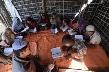 المدارس الدينية: ما بين تاريخٍ حافل وحاضرٍ تشوبه إشكاليات متعددة