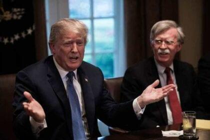 التوتر المتزايد مع إيران يلقي الضوء على الديناميكيات الجيوسياسية الأمريكية